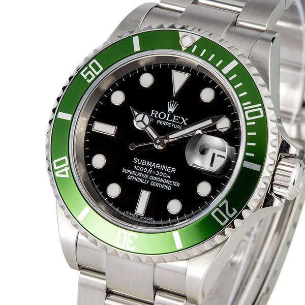 Submariner Green Date